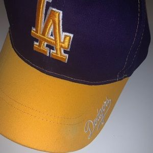 LA/Dodger baseball hat